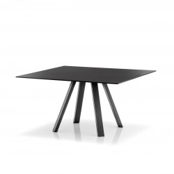 Table carré ARKI, noir, plateau finition anti-marques, Pedrali, 139x139