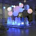 Lampe Globo Hanging Out, Slide Design blanc Diamètre 30 cm