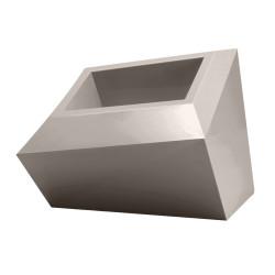 Pot design Faz, modèle Bas, 58x45xH42 cm, Vondom, taupe