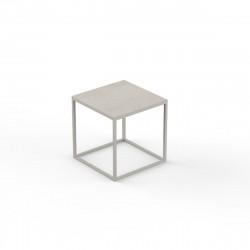Table basse carrée contemporaine Suave 40x40xH40cm, Vondom, Dekton Danae écru et pieds écru