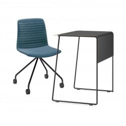 Pack télétravail petit bureau pieds noirs plateau noir et chaise pivotante pieds noirs assise bleu Link 62 Pro, Fornasarig